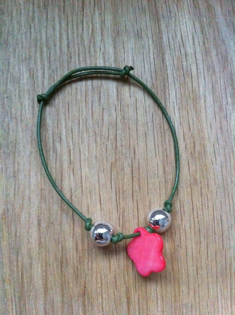 Pinkfloweronthegreen